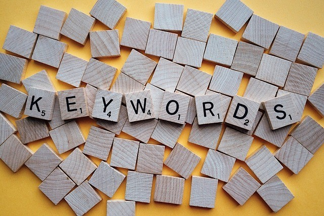 """An image of blocks with the words """"keywords"""" on them"""